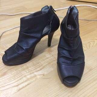 🚚 露趾高跟鞋
