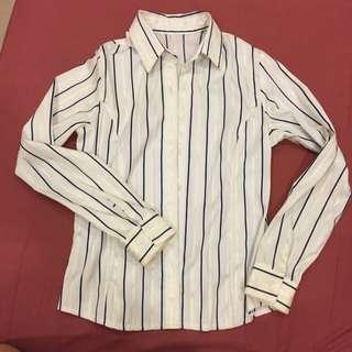 正韓貨 合身版白色細條亮面配藍直寬條紋 OL腰身襯衫