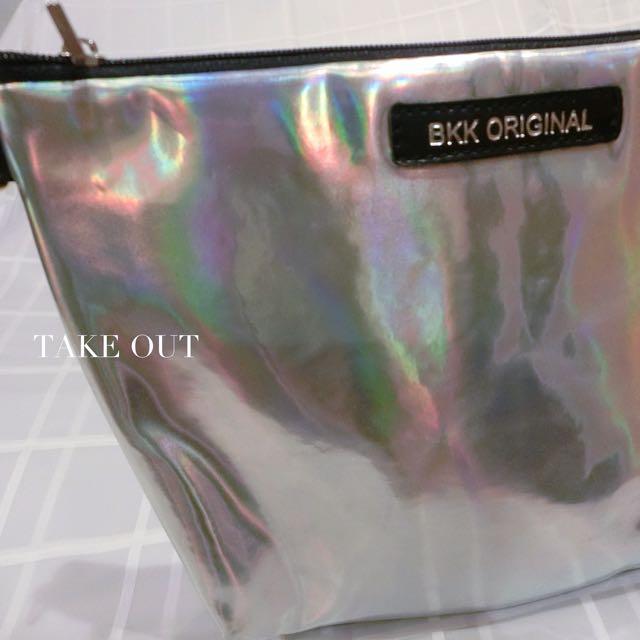 Bkk Original 泰國空運 正版 防潑水 銀 太空銀 肩背包 側背包