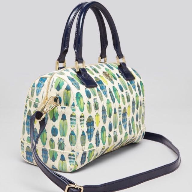 5cacbe234e11 BN Tory Burch Robinson Printed Middy Satchel in Beetle print ...
