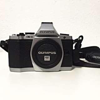 Olympus OMD EM5 (Body Kit Only)