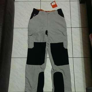 全新 登山運動機能長褲 生存專家貝爾吉羅斯設計品牌