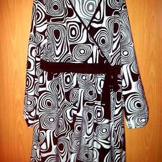 2 x Plus Size Ladies Dress