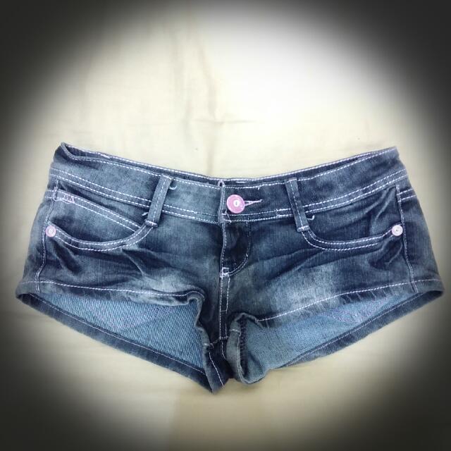 👉含運👈【二手】可愛粉紅車線熱褲