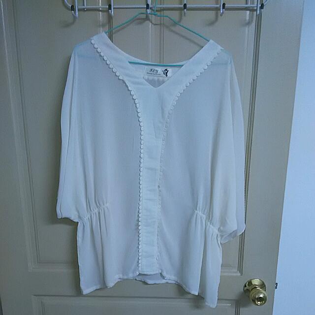 白色雪紡縮腰上衣