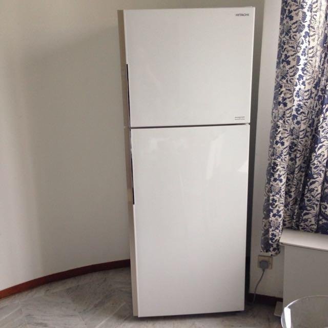 Hitachi Refrigerator/Freezer Inverter Dual Fan Cooling 395 liters