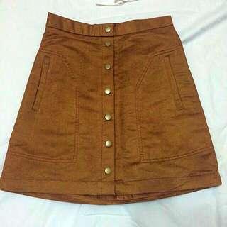 🐑H&M 歐美部落客著用 經典排扣 卡其 短裙