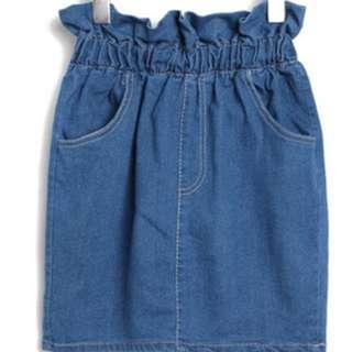 牛仔短裙、全新未下水