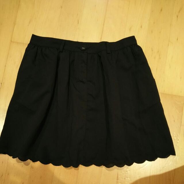 黑色花邊裙