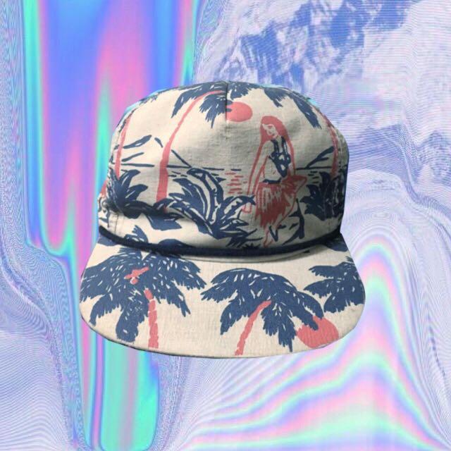 🔹《降》Brixton的夏威夷風後扣帽