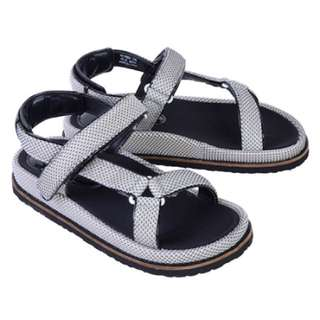 Nuovo涼鞋 23.5cm