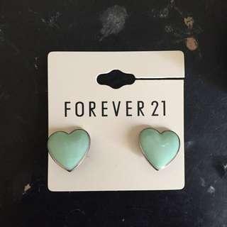 BRAND NEW FOREVER 21 EARRINGS