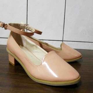 甜美糖果粉色小低跟鞋
