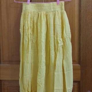 野餐黃色長裙