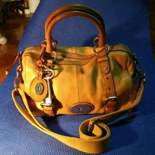 Pre-loved Fossil Maddox Satchel