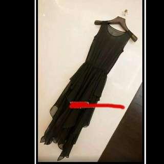 黑色下擺不對稱長洋裝