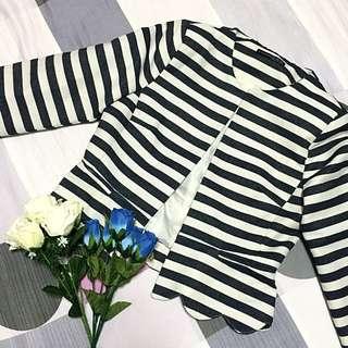 Primark Striped Scallop blazer *Good buy*