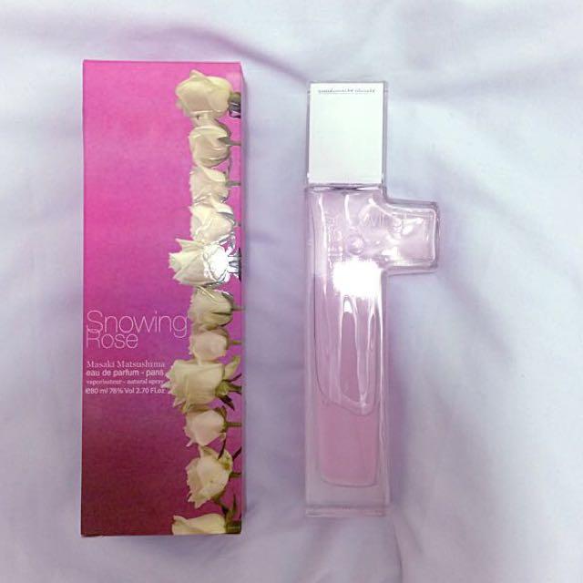 買到賺到 松島正樹Snowing Rose 冰晶薔薇淡香精70ml