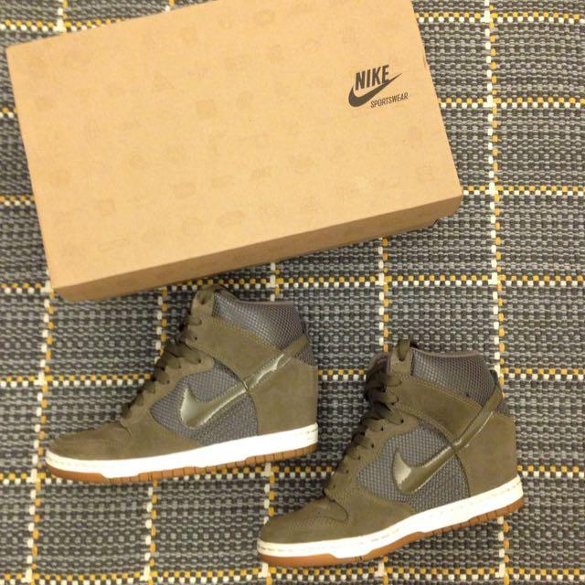 Nike 城市鞋