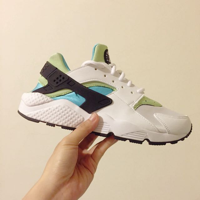 出清全新Nike Air Huarache 薄荷綠