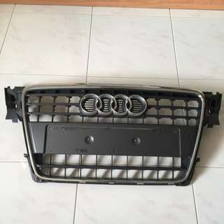 Audi A4 B8 Front Grille (Used), '09 Model, Chrome Finish