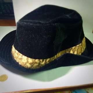【熊的二手屋】韓系黑色豹紋邊絨毛小帽沿中折帽