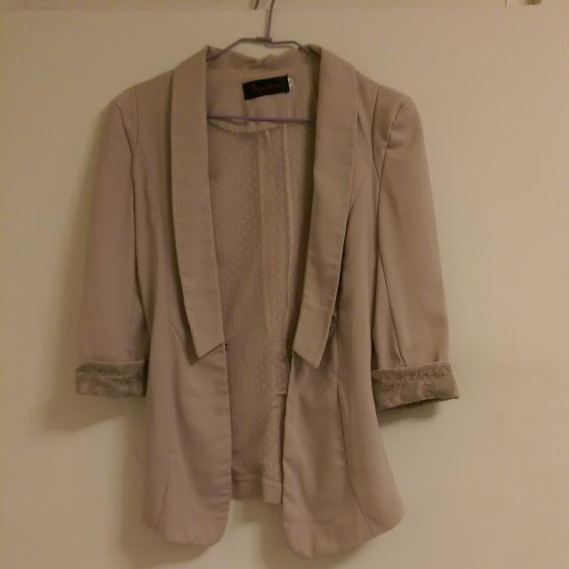 短版西裝外套