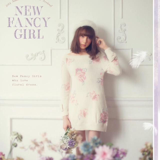 (保留中)LIZ LISA 正品 玲奈著用款✨長版淡淡玫瑰花羊毛上衣