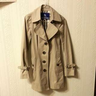 Burberry blue label風衣