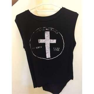 前端後長黑色十字架背心
