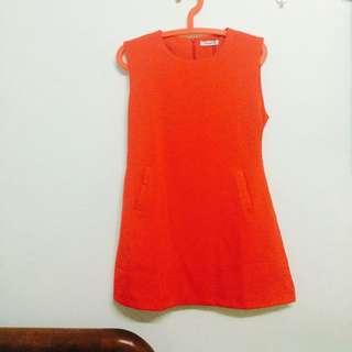 桃紅小洋裝