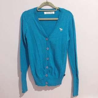 土耳其藍針織衫