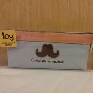韓系翹鬍子鉛筆盒(全新)