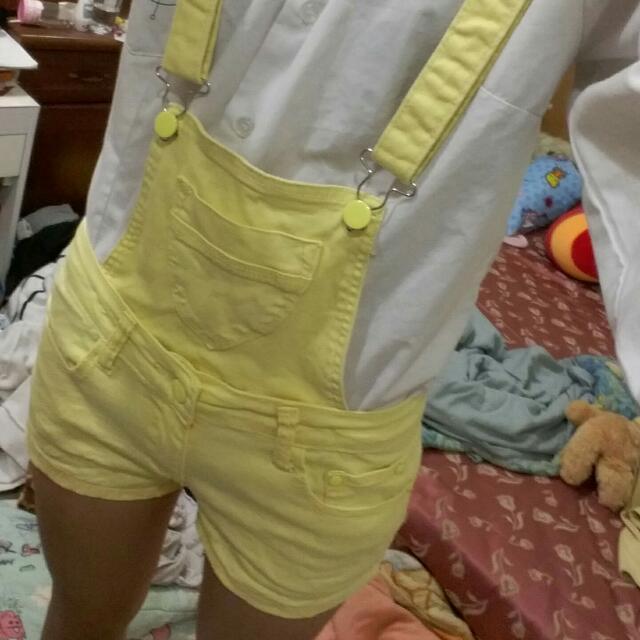 黃色吊帶短褲 (可拆唷)