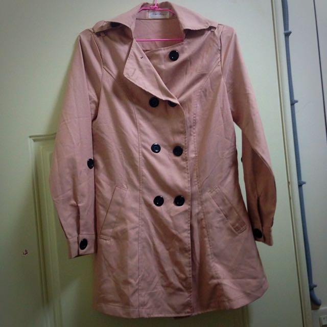 東京著衣 粉色排扣大衣