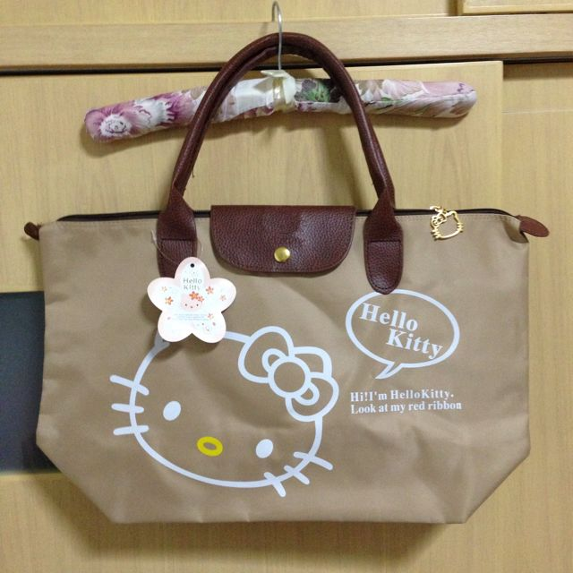 1d939b2fb054  REDUCED  Longchamp Inspired Hello Kitty Bag