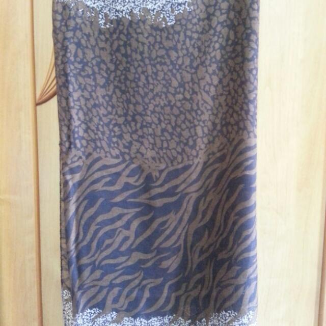 全新咖啡色斑馬紋大披巾