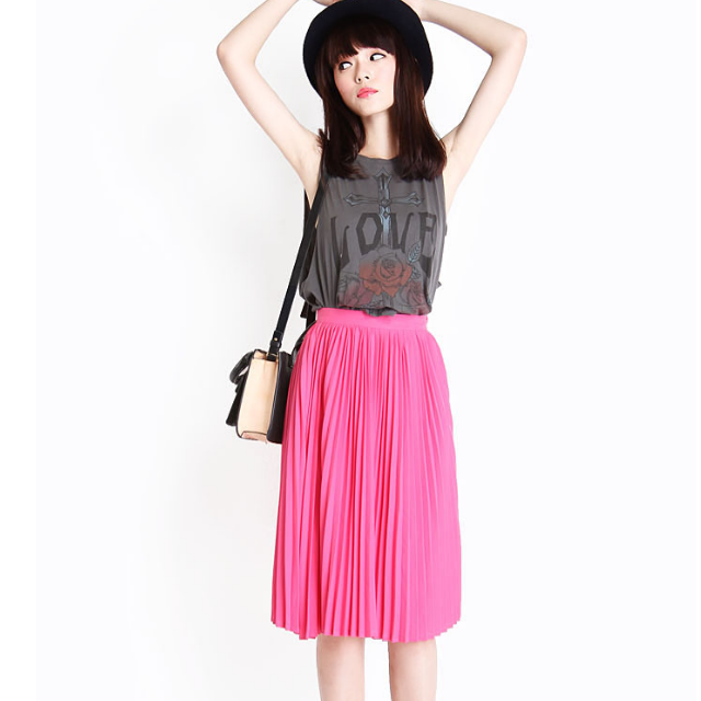 Aforarcade AFA PLEAT IT TOGETHER MIDI SKIRT IN DOLL PINK (Size S)
