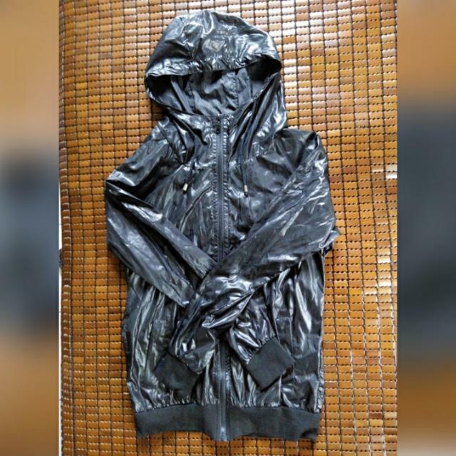 [全新]黑色素面風衣外套