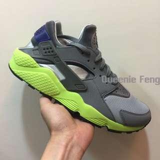 Nike huarache run 灰綠