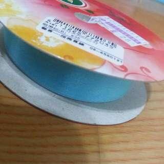 《送》淺藍寬緞帶