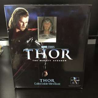 Gentle Giant Thor Figurine Mini Bust Hot Toys