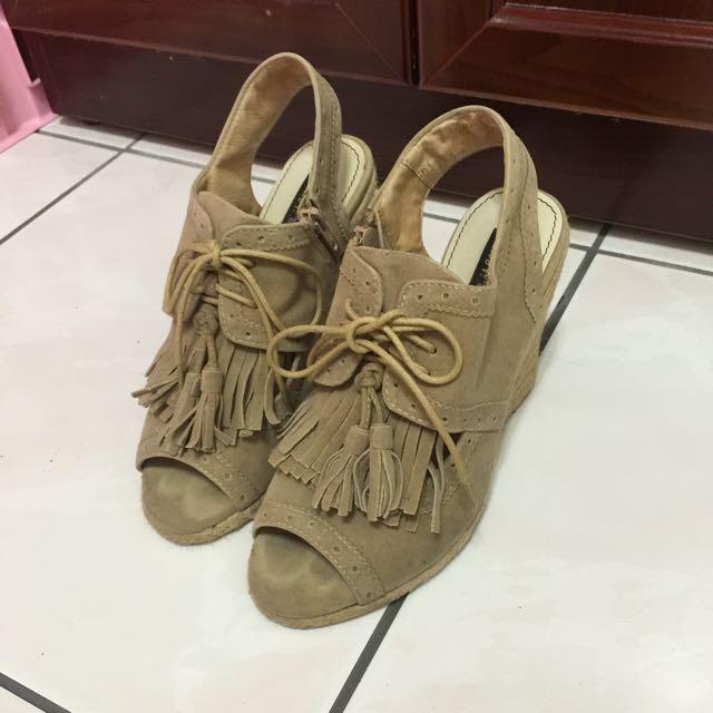 駝色厚底涼鞋