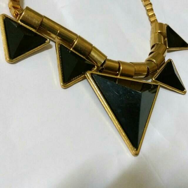 保留)金屬感 三角項鍊