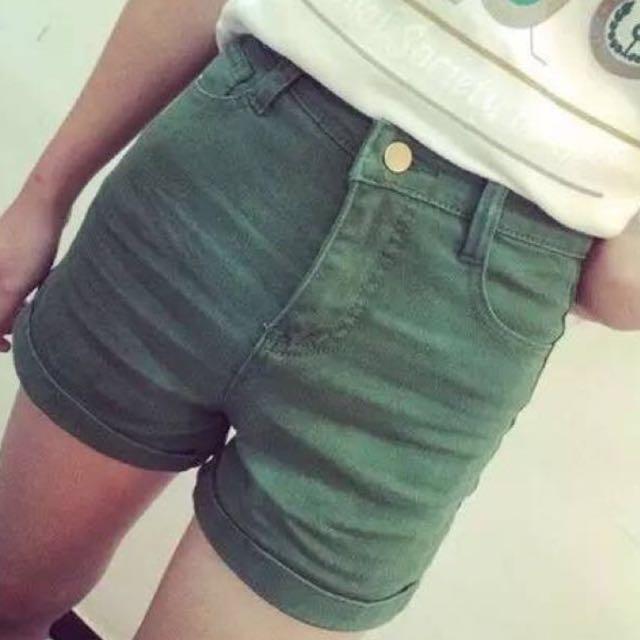 高腰綠色短褲 全新