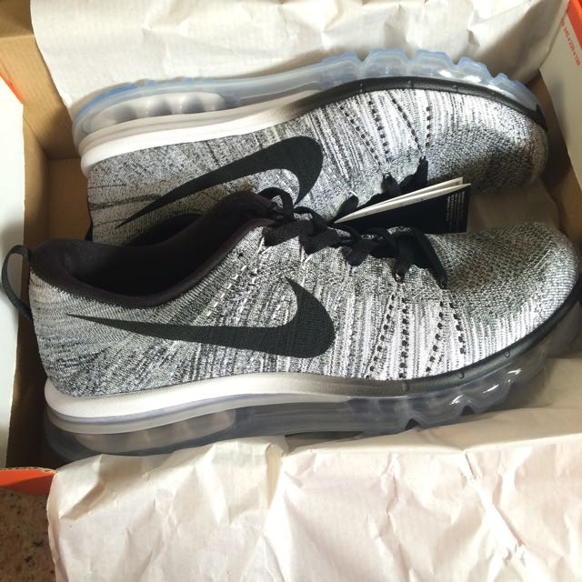 buy popular 484ba 3033b Nike Flyknit Air Max Oreo/Grey