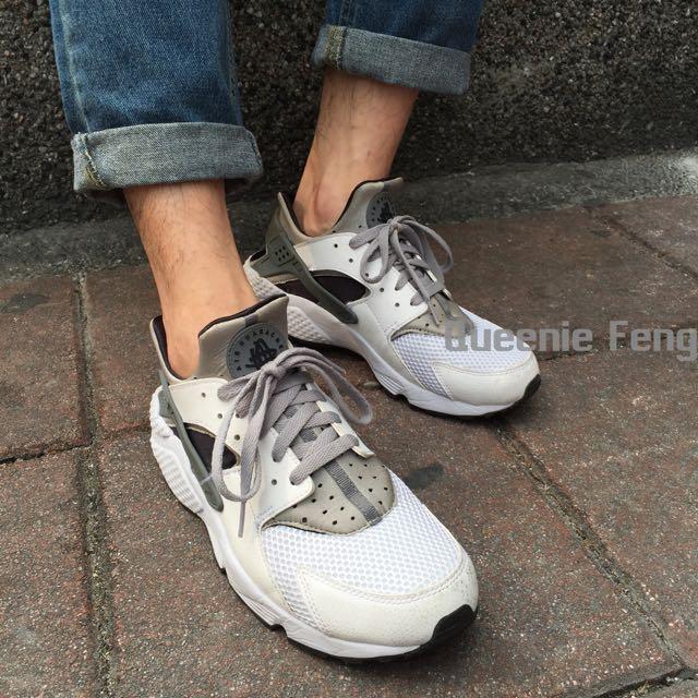 Nike huarache run 白黑灰