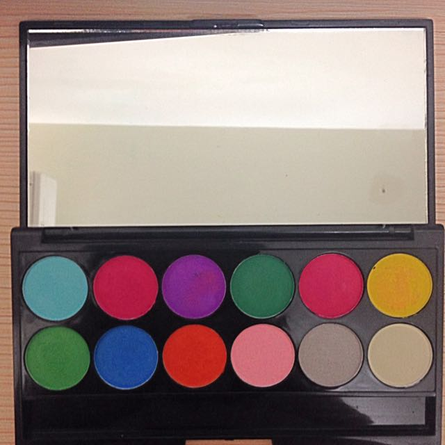🔴英國Sleek Make Up顯色眼影盤12色 #730🔴