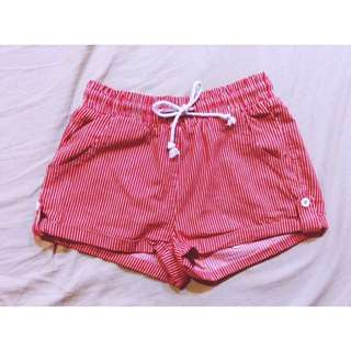 Caco 紅條紋短褲