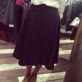 徵〕同款 細直條紋 西裝布中裙